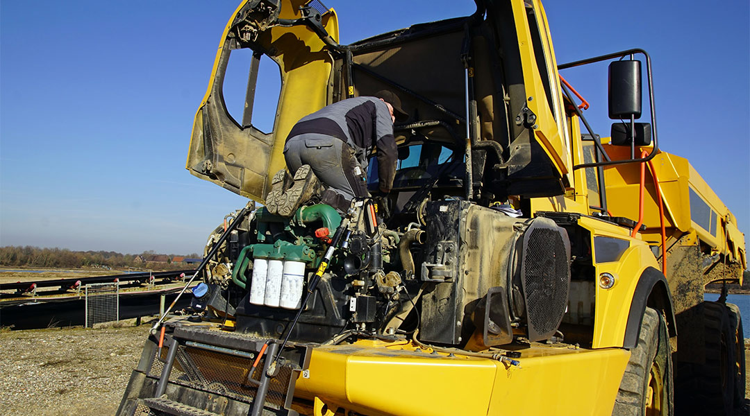 Got Volvo construction equipment? 7 reasons to buy your spare parts at Partshouse